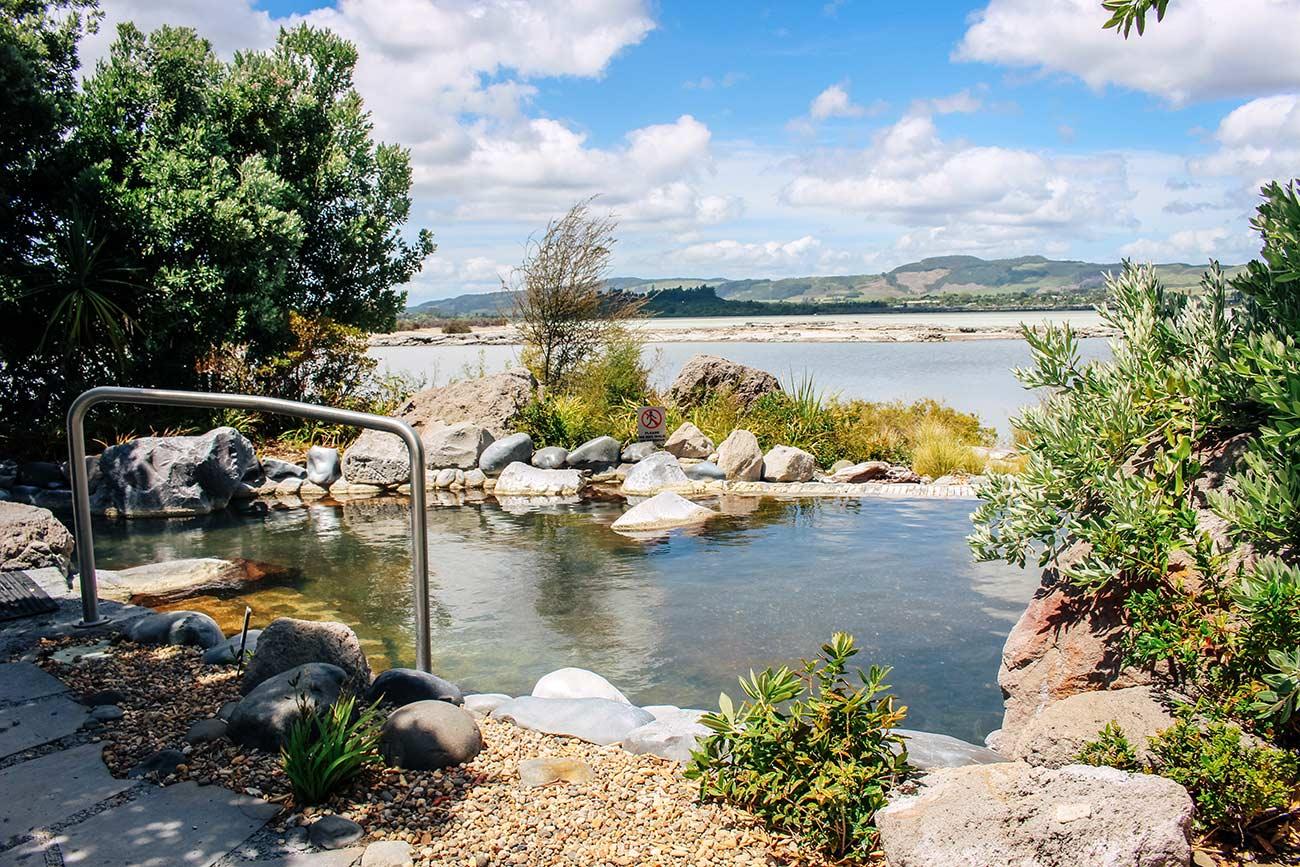 Auckland to Rotorua drive - Polynesian Spa