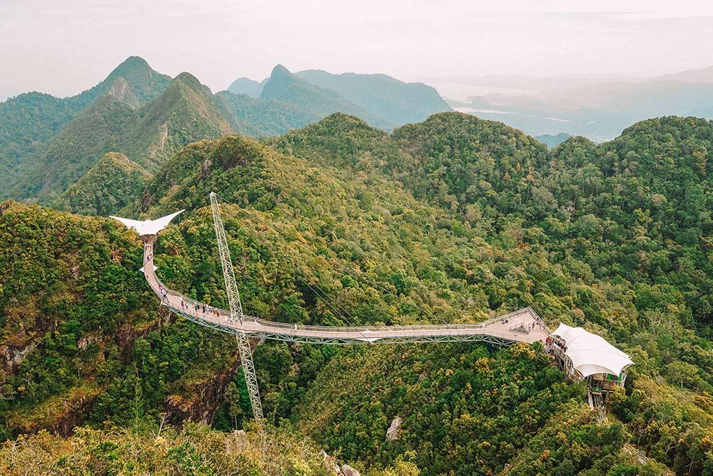 Langkawi SkyBridge curved bridge