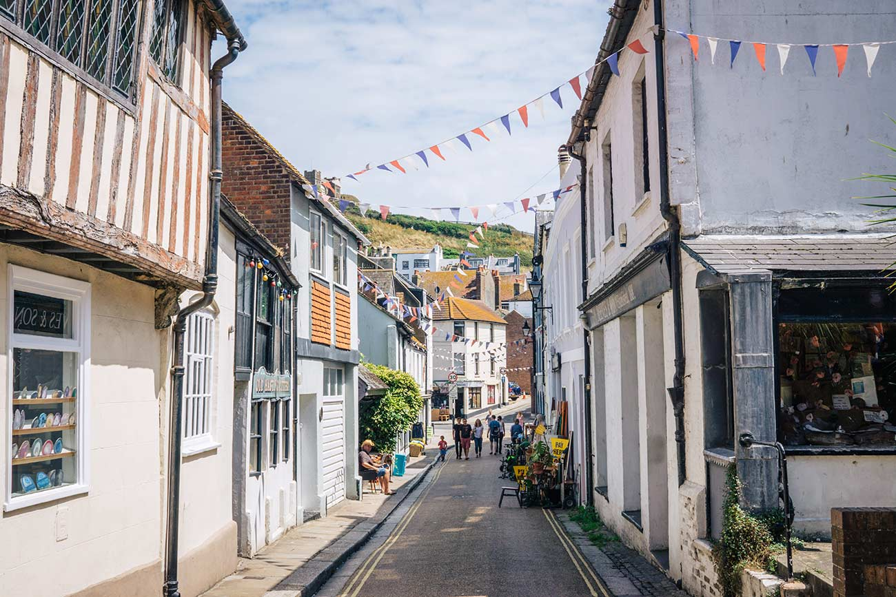 Things to do in Hastings - a day trip from London blog post