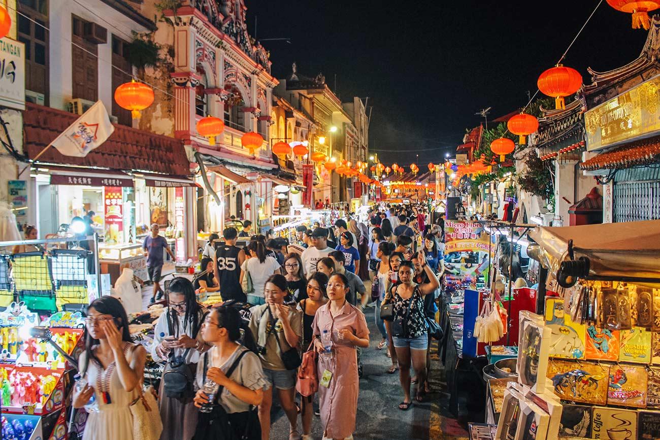 Top things to do in Melaka / Malacca Malaysia | blog post | Jonker Street Night Market