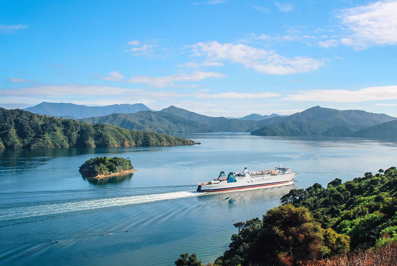 The ultimate New Zealand bucket list - top 50 things to do