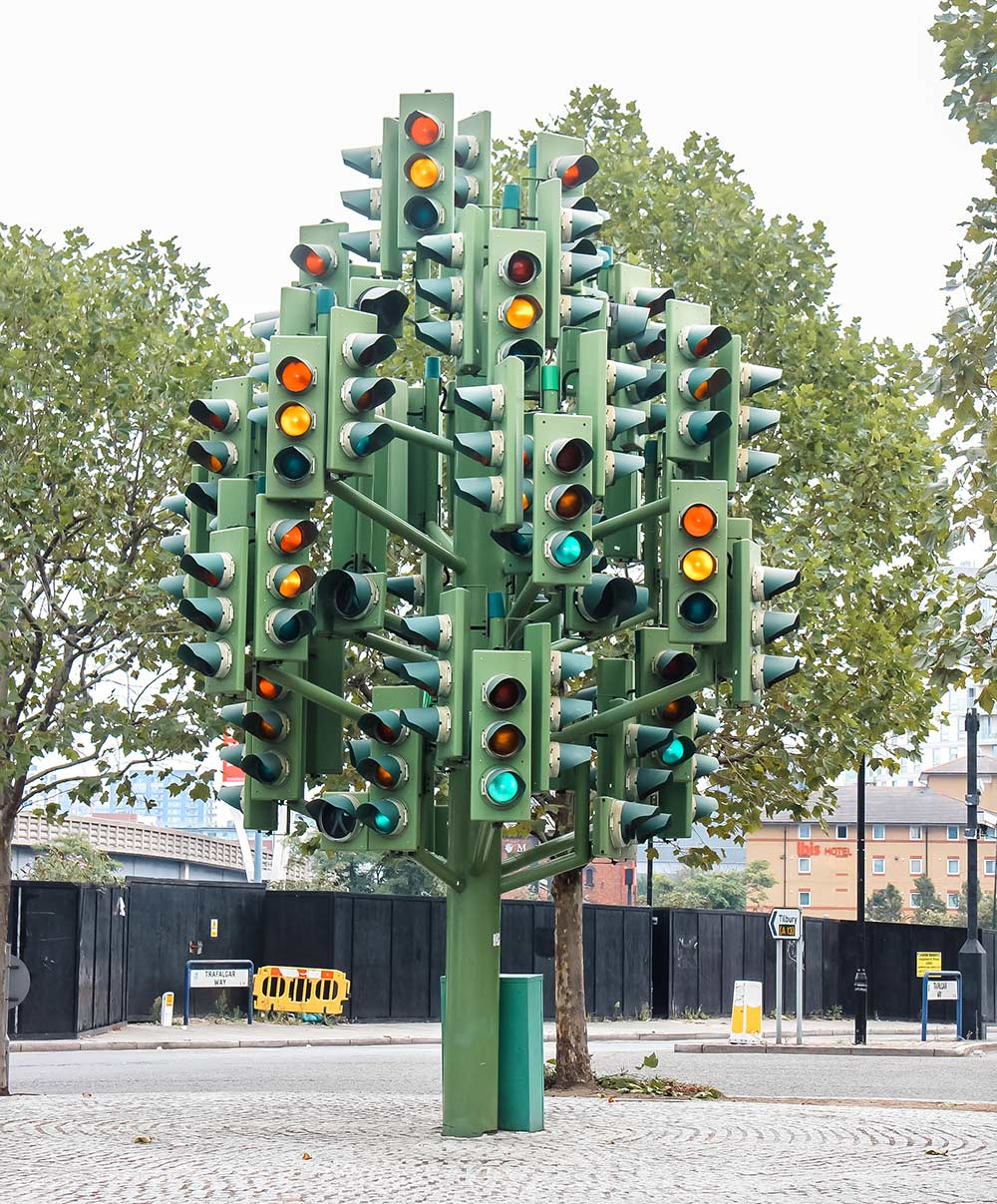 Things to do in Canary Wharf and Docklands, London - traffic light tree
